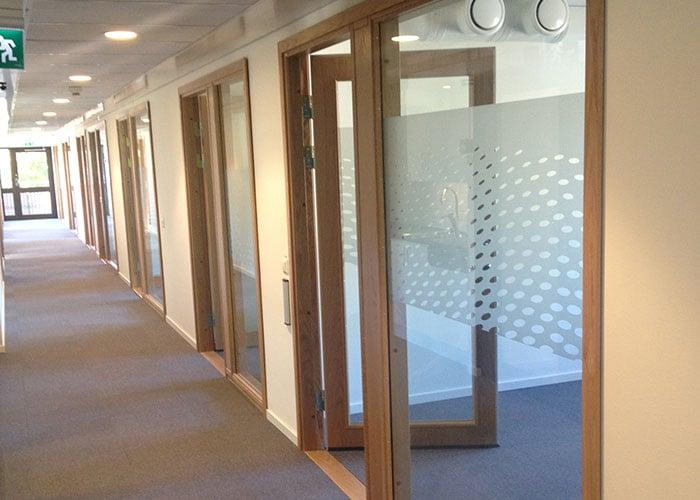Fönster och glaspartier